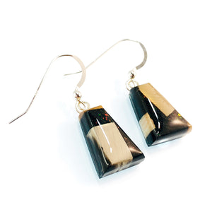 Ammolite_gemstone_micro_flake_and_mammoth_ivory_earrings_black_side