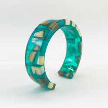 Load image into Gallery viewer, Emerald Ice Slim Bracelet