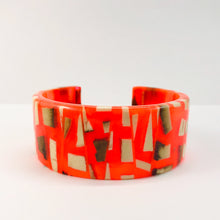 Load image into Gallery viewer, Mammoth_ivory_and_resin_bracelet_jewellery_handmade