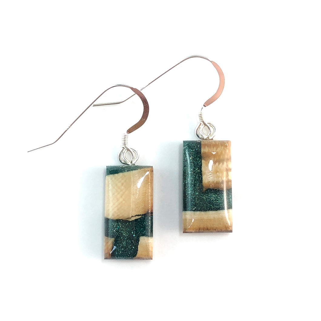 Mammoth_tooth__and_resin_earrings_forest_green_rectangle