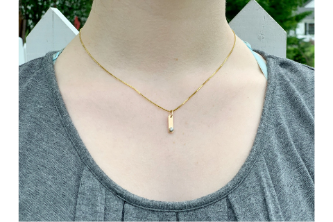 Bar: Yellow Gold and Diamond Pendant