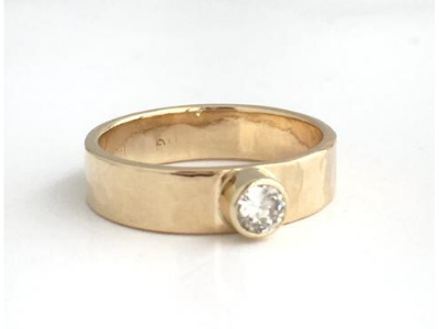 Pop of Sugar: 14K Puddled Yellow Gold Diamond Ring