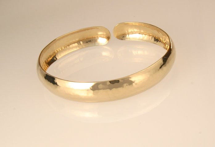 Perfectly Puddled Gold Bracelet 10mm
