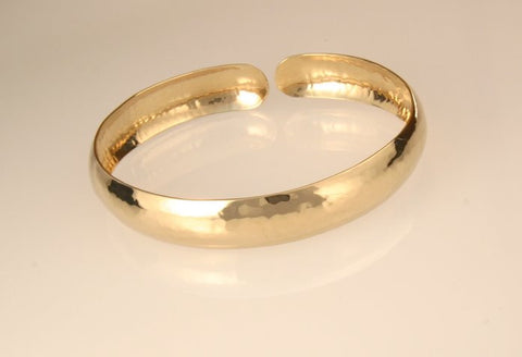 Perfectly Puddled: Gold Bracelet Narrow