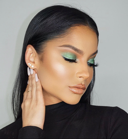 Chic Green Holiday Glam