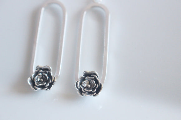 Blossom Earrings / Swing Earrings / Hoop Flower Earrings