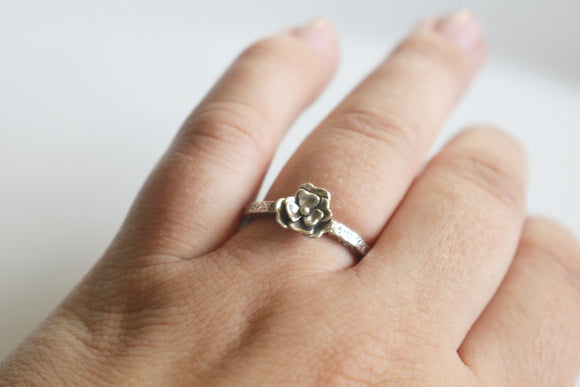 Flower Ring Blossom Ring / Handcut Flower Ring / Made to Order in Your Size / Sterling Silver