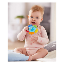 Load image into Gallery viewer, Baby playing with clutching toy