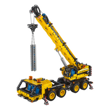 Load image into Gallery viewer, LEGO Technic Mobile Crane