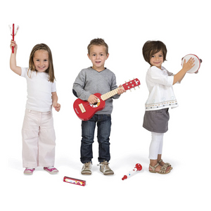 Kids playing instruments.