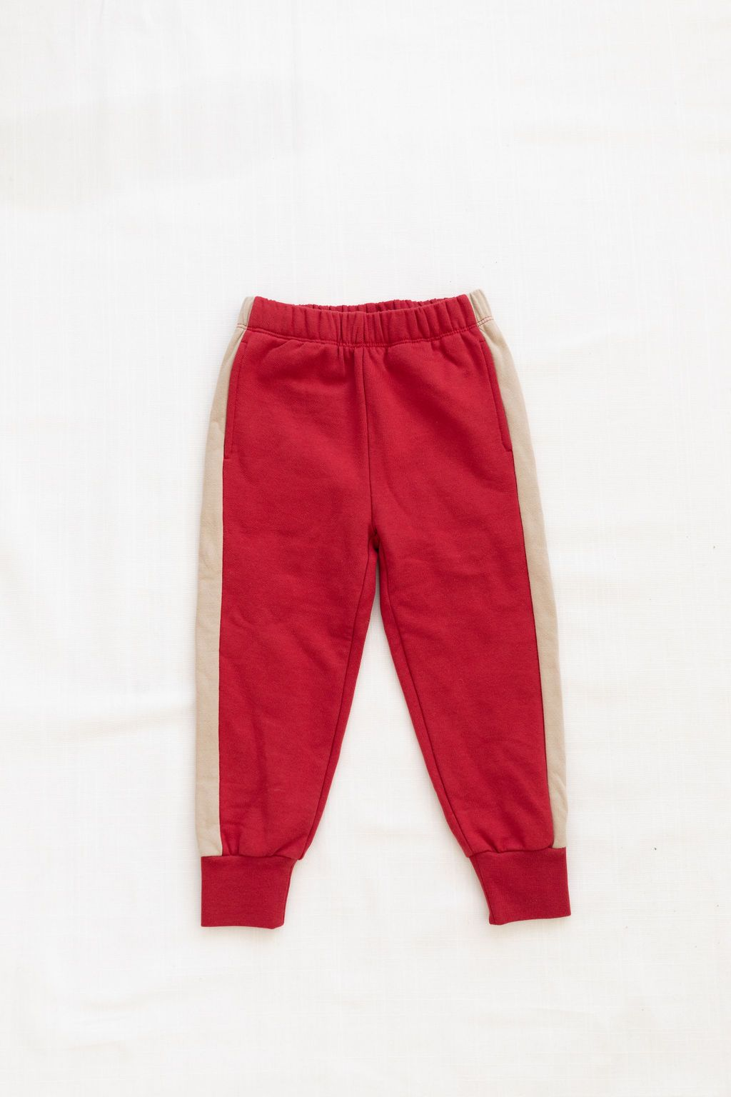 Fleece Jogger - Crimson/Almond