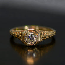 Load image into Gallery viewer, Vintage Estate Ring, 14 carat yellow gold and diamond, size 6.5