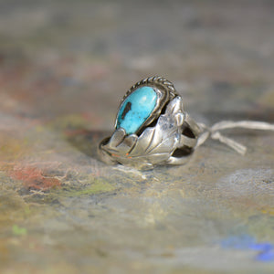 Vintage silver and turquoise ring. Size 6