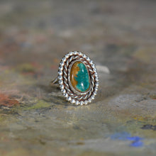 Load image into Gallery viewer, Vintage silver and turquoise ring. Size 7