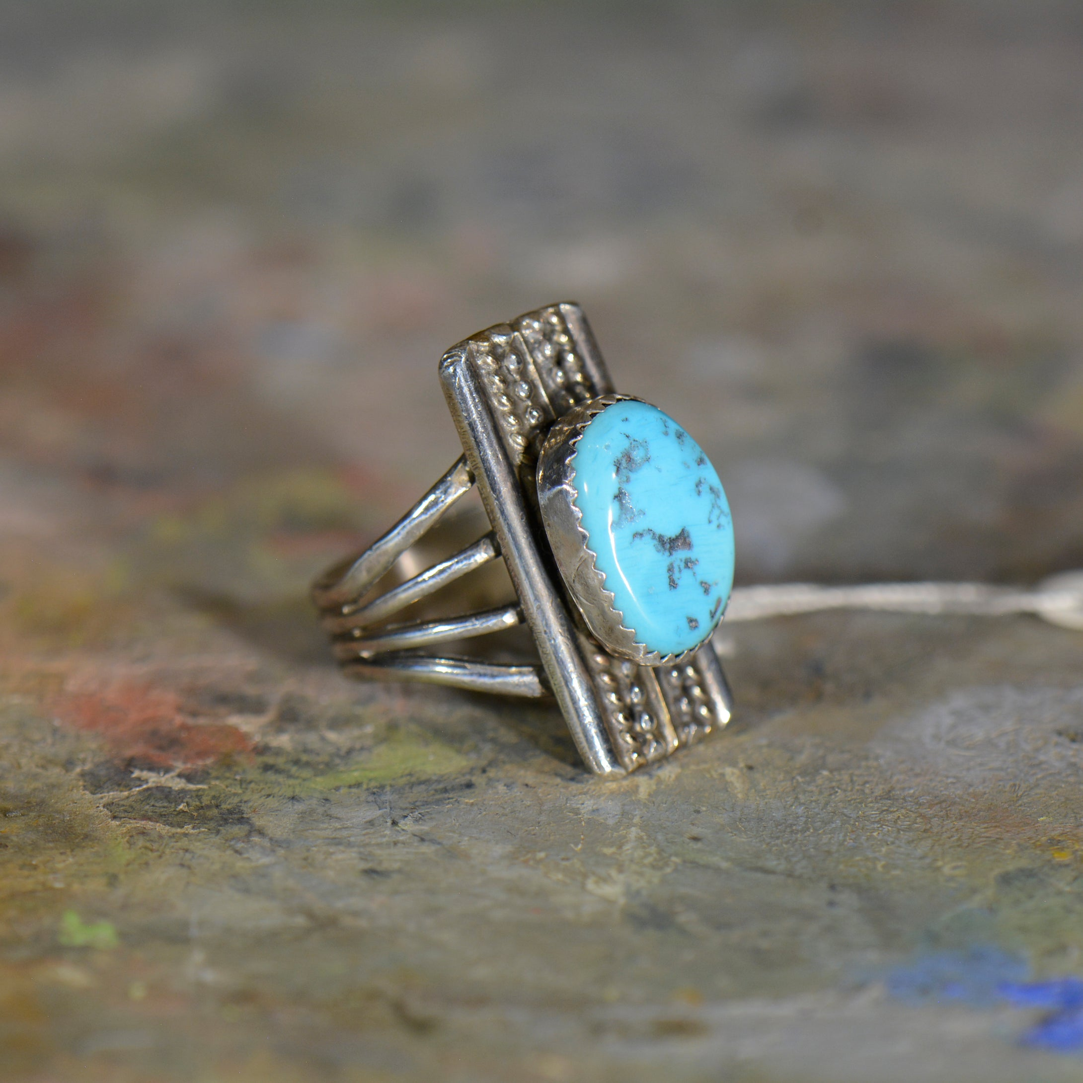 Vintage silver and turquoise ring. Size 7.5