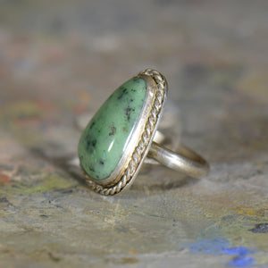 Vintage silver and turquoise ring. Size 8.5