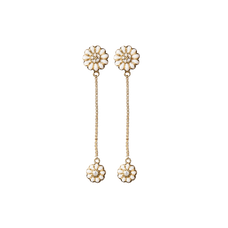 Load image into Gallery viewer, Flying Marguerites Hanging Earrings Gold