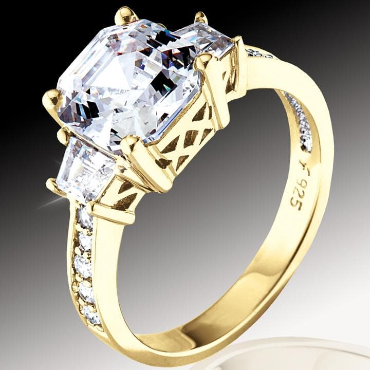 Asscher Cut - Gold Ring