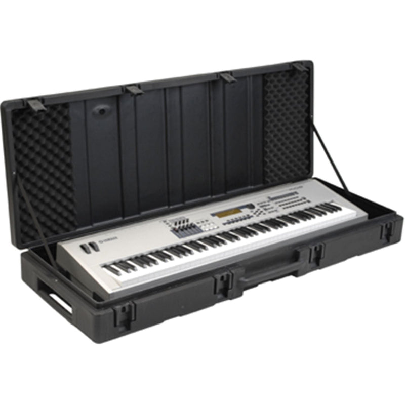 SKB 1SKB-R6020W Roto Molded 88-Note Keyboard Case - ProSound and Stage Lighting