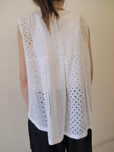 Load image into Gallery viewer, Blouse, loose wear with crochet design