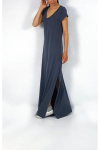 Maxi dress with V neckline