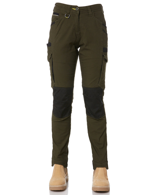 Womens Flex & Move Cargo Pants - Olive