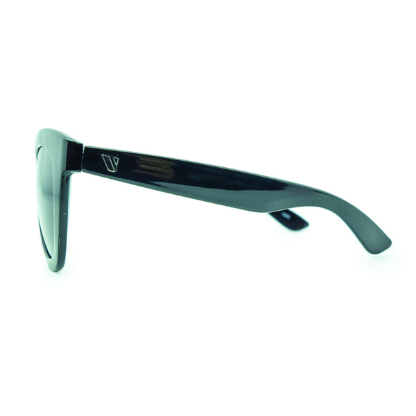 Molakai Polarised Sunglasses - Black/Smoke
