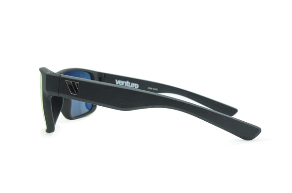Summit Polarised Sunglasses - Matt Black/Red Revo