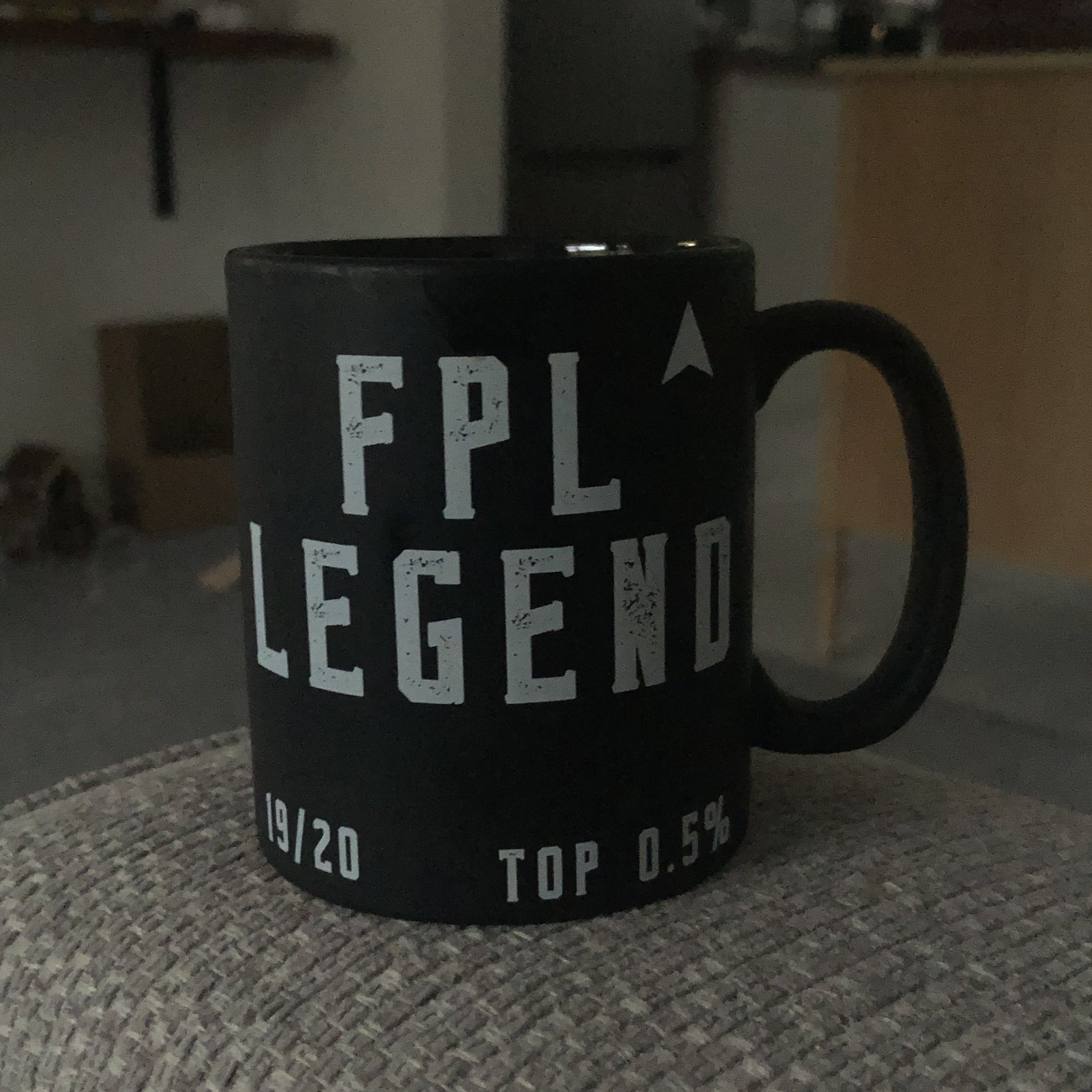 FPL Legend style mug for the top 0.5% of fantasy football managers
