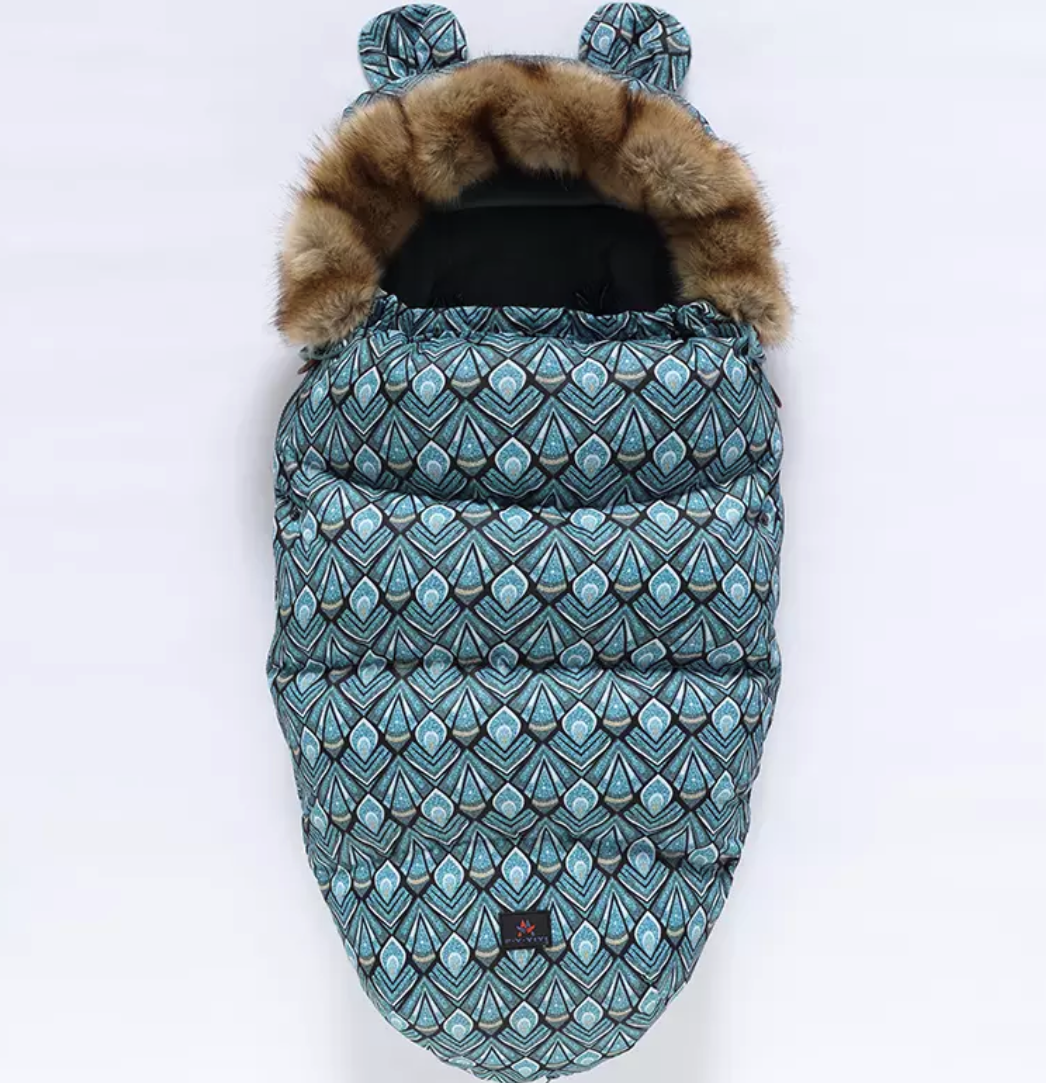 Gigi&Toops Keep them cozy footmuff in Sapphire Nights
