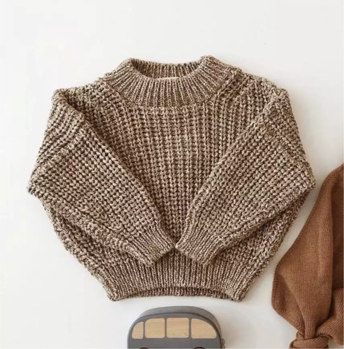 Chunky Knitted cotton blend jumper in Wheatgrass
