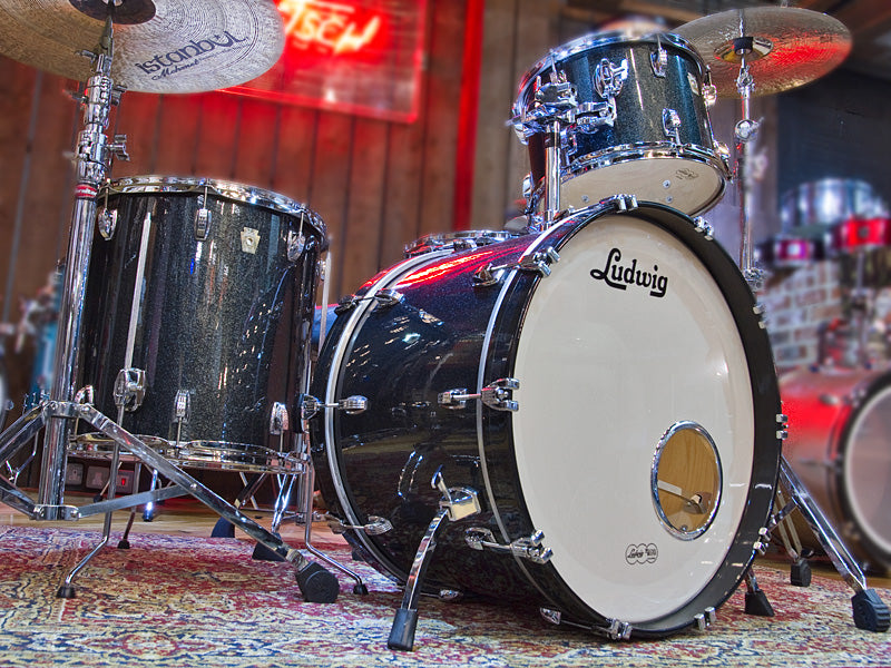 Ludwig Classic maple in Black Sparkle at the drumshop uk