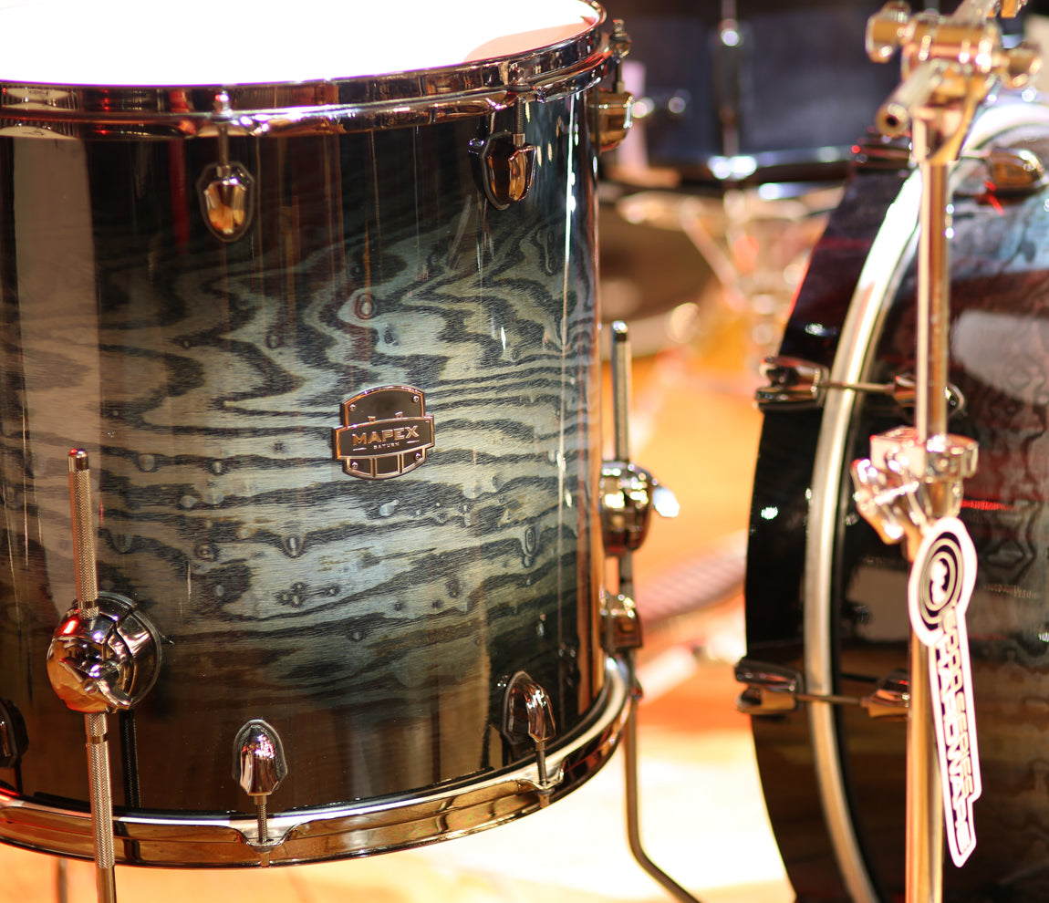 Mapex Saturn drum kit in water burl