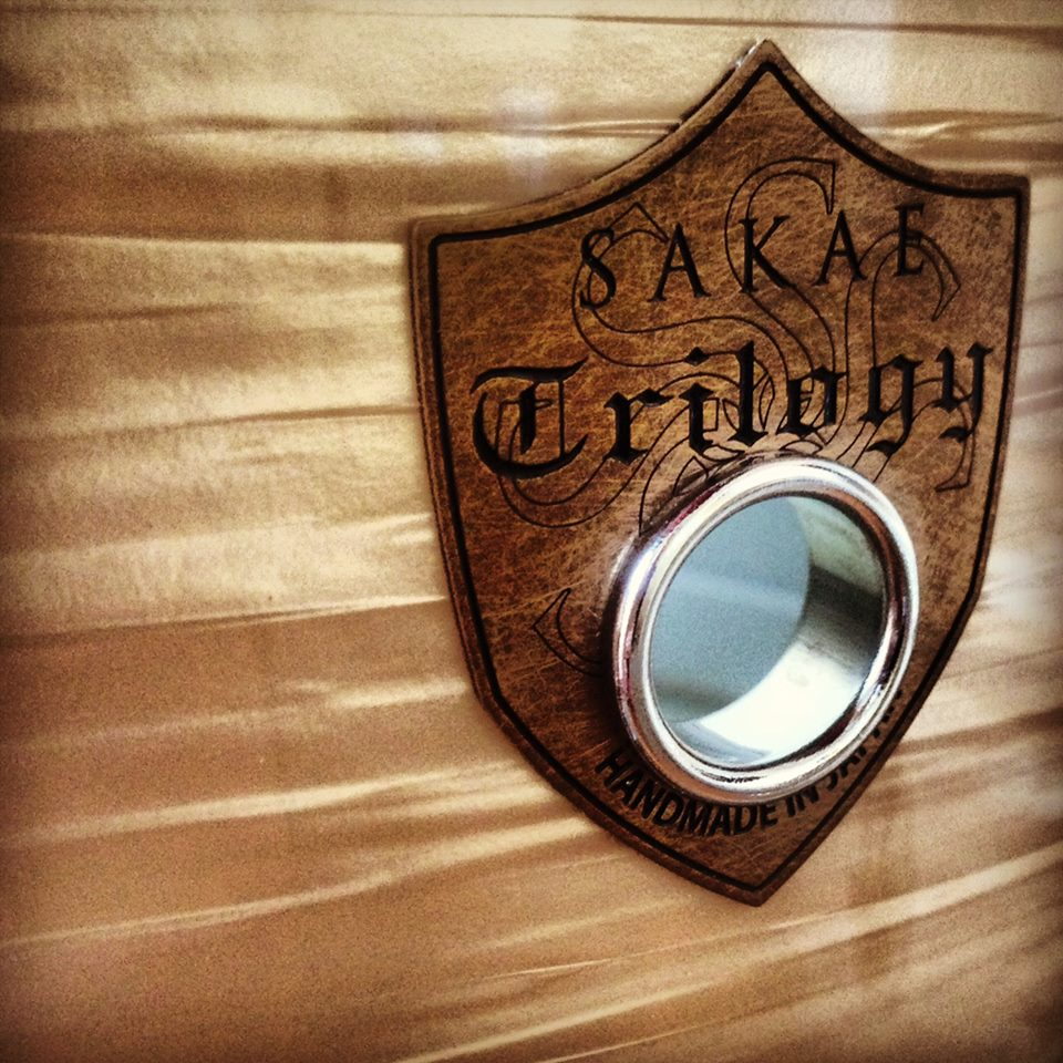 Sakae Trilogy drum kit, Sakae Trilogy logo