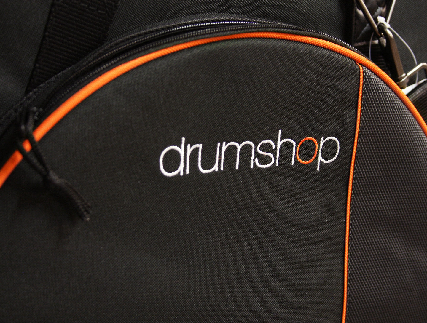 Drumshop Deluxe Cymbal Case close up