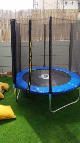 Trampoline with enclosure: 4-8ft
