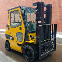 Load image into Gallery viewer, Caterpillar LPG Forklift