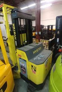 Hyster Electric Order Picker
