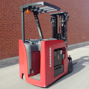 Raymond Electric Dock Stacker Stand-up