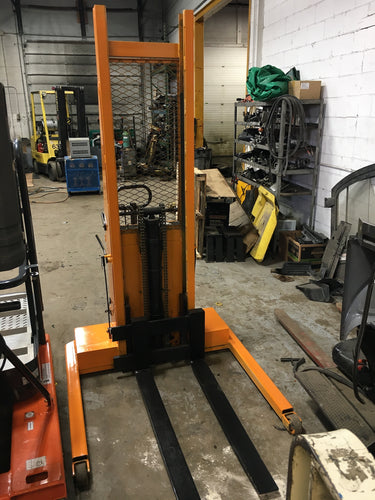 Semi-Automatic Pallet stacker with 2000 LBS Capacity