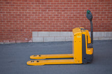 Load image into Gallery viewer, Jungheinrich EJE120 Electric Pallet jack walk Behind