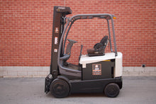 Load image into Gallery viewer, Crown FC4500 Series Electric Forklift