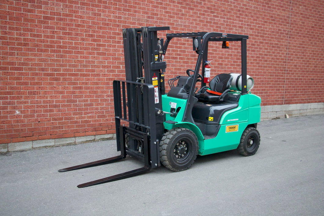 Brand-New Mitsubishi FG25N Outdoor Forklift