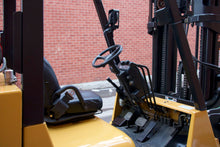 Load image into Gallery viewer, Caterpillar GC40KSTR with 8000 lbs Capacity
