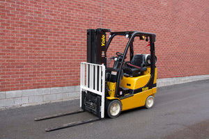 Yale GLC035VX Forklift with Fork Positioner with 3500 lbs Capacity