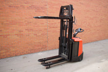 Load image into Gallery viewer, BT SPE125L European Pallet jack/Stacker with 3500 LBS Capacity