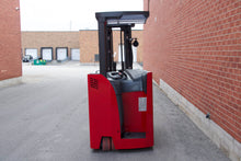 Load image into Gallery viewer, Raymond 425-C40TT Dock-Stocker with 4000 LBS Capacity