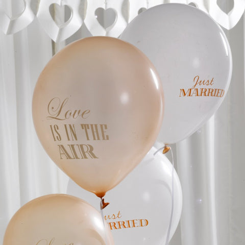 Love is in the air balloner i guld