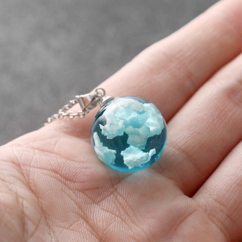 products/Ball_Pendant_Necklace_Resin_Glass_Ball_White_Clouds_Blue_Sky_Universal_2.jpg