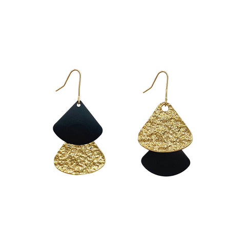 products/Dangle_Earrings_Asymmetrical_Shiny_Gold_Black_Color_Metal_Sheet_Fanshape_1.jpg